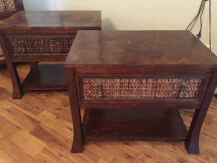 Pair of night stands to compliment the dresser