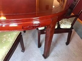 Gorgeous Rosewood dining room table and five chairs