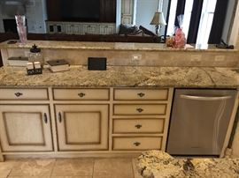 Cabinetry & Counters - Dishwasher is Not For Sale