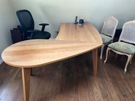 Work bench furniture desk (3 available) 80 x 58 x 33 $250 each