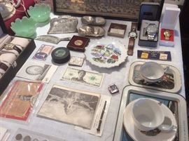 Mix of collectibles