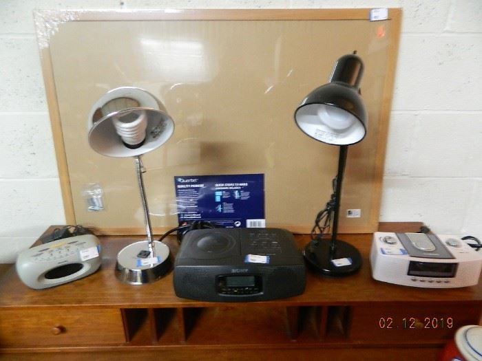 lamps/radios