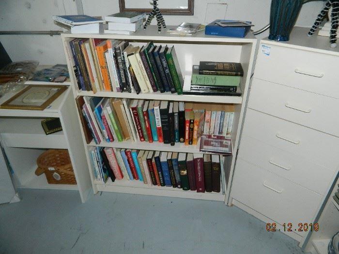 books/bookshelf