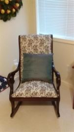 GOOSE NECK ROCKING CHAIR