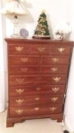 CHIPPENDALE STYLE CHERRY CHEST OF DRAWERS