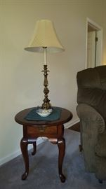 Oval end table (set of 3)                                                   Stiffel brass lamp, new shade (set of 2)