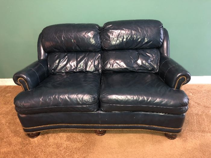 Lovely Hancock and Moore real leather loveseat.                  Hancock and Moore