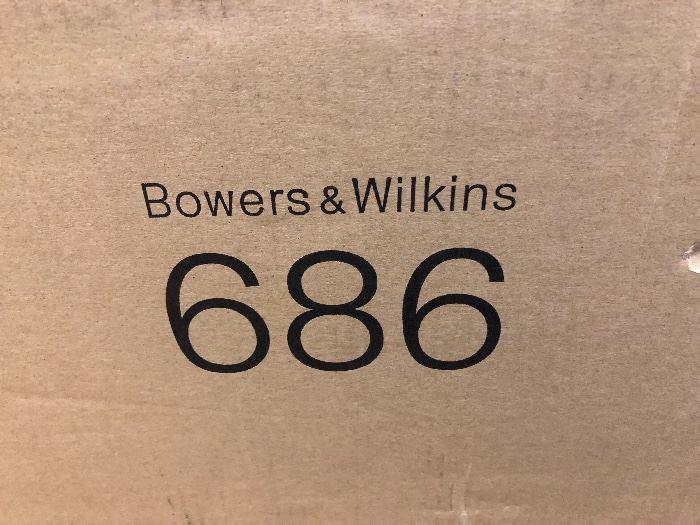 Bowers and Wilkins 686 pair of loudspeakers