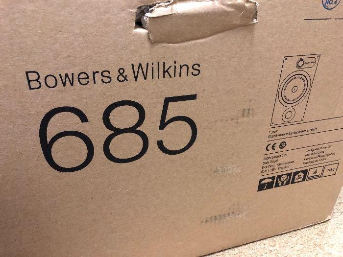 Bowers and Wilkins 685 pair of loudspeakers