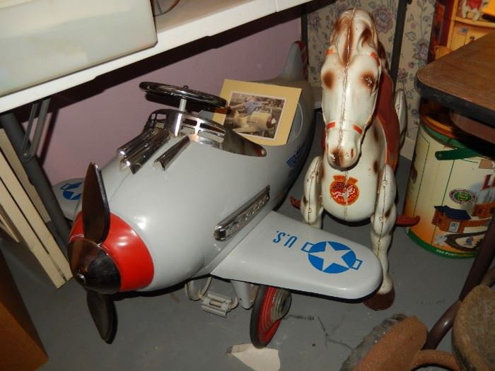 Pedal Plane & Vintage Mobo Metal Ride-on Horse