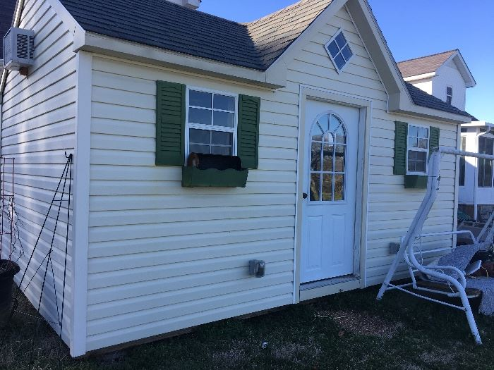 Amish built 10 x 16 Shed, it's almost a tiny house!
