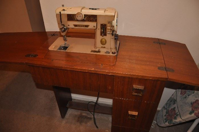 Vintage Singer 403 Slant-O-Matic Special Heavy Duty Sewing Machine & Cabinet, includes all attachments