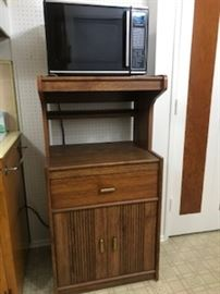 Kenmore microwave and separate stand