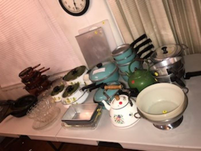 Vintage cookware, pots and pans, Vintage club pots in teal, pyrex baking