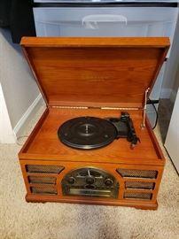 Crosley Record Player, Cd, Radio
