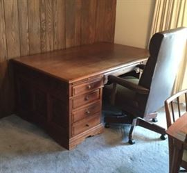 This classic office desk and chair are available.