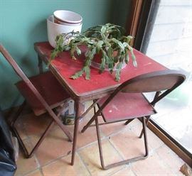 1950s childs table and chairs