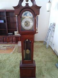 12 hour upright clock
