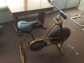 SCHWINN Stationery Bike