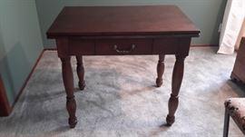 Pretty wooden conversion table.