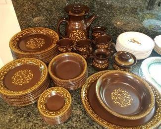 "Franciscan ""Jamoca"" dinnerware"