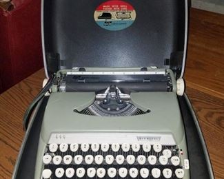 Vintage Smith Corona Sterling portable electric typewriter