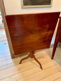 Antique tilt-top table (square)