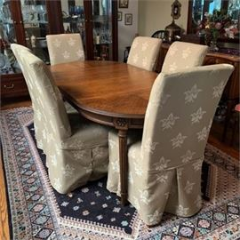 Lot 001 Dining Table & Chairs