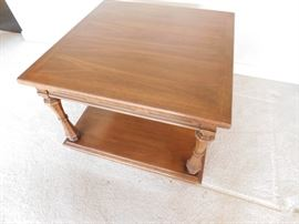 #5 End table 30x30x21 $35.00