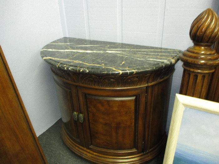 Matching end table w/marble top