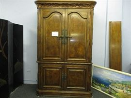 Very large - massive Armoire