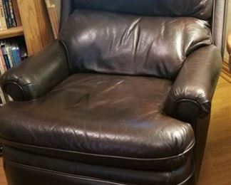 VERY NICE BARCALOUNGER Leather recliner