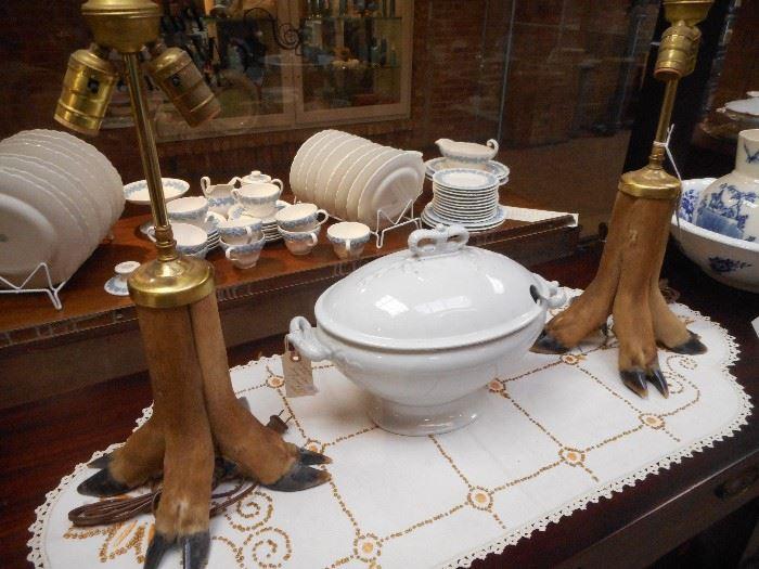 Deer Hoofs Table Lamps