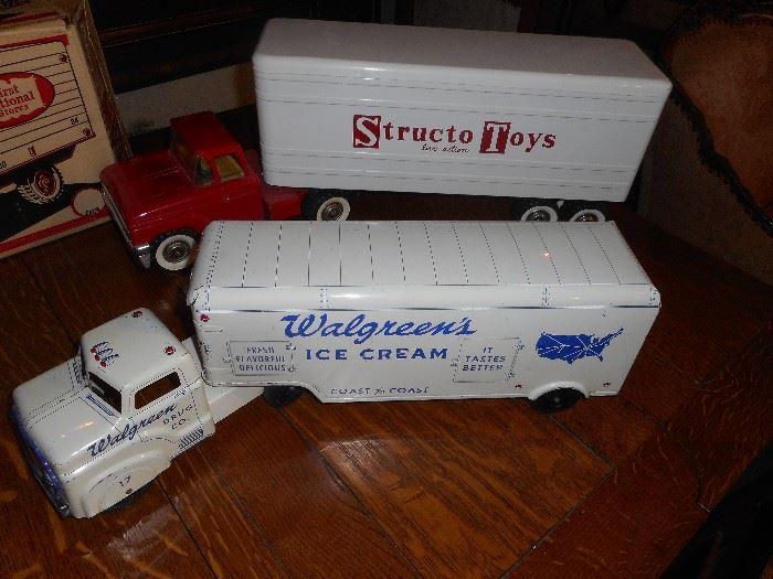 Structo & Marx toys