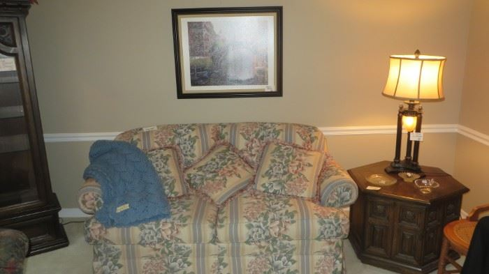 Flower Love Seat, End Table, Pair of Lamps