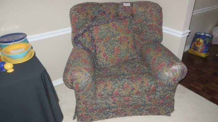 Comfy Chair (1 of 2)
