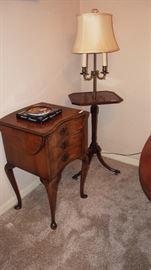 Darling Vintage Drop Leaf 3 Drawer Side Table and cute vintage Mahogany Table/Lamp