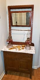 Vintage wash stand, celluloid dresser set, oil lamps