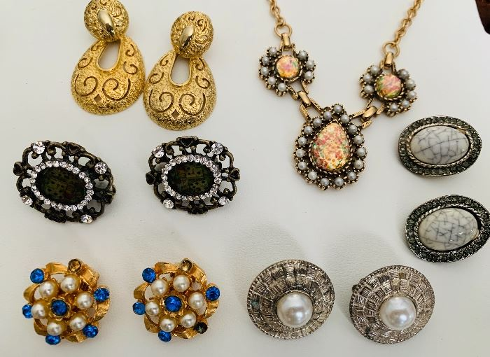 Hundreds of pairs of Sarah coventry earrings