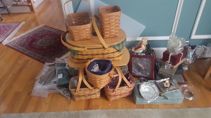 Hundreds of Longaberger baskets. Many styles and sizes.