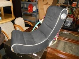 Foldable Gaming Chair with Built In Speakers and C ...