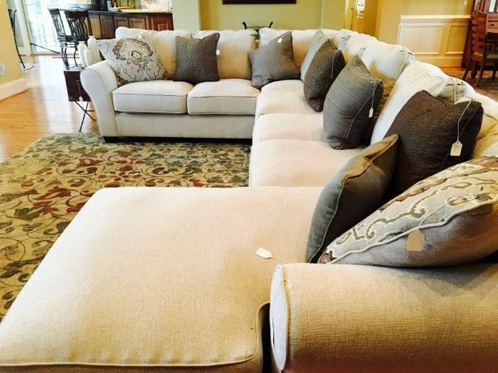 Brand new, sectional, everyone wants this!