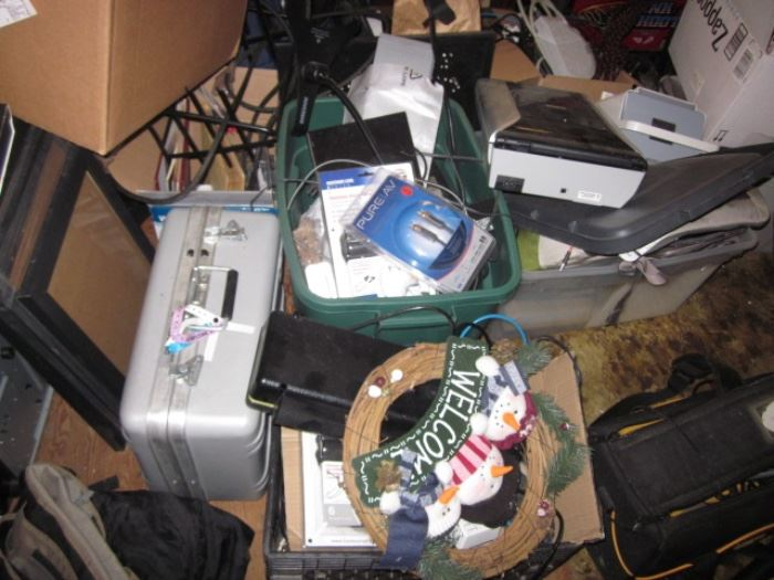 ELECTRONICS COLLECTOR