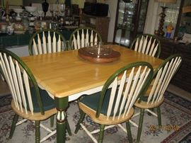 Very solid kitchen table and chairs