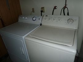 WASHER AND GAS  DRAYER