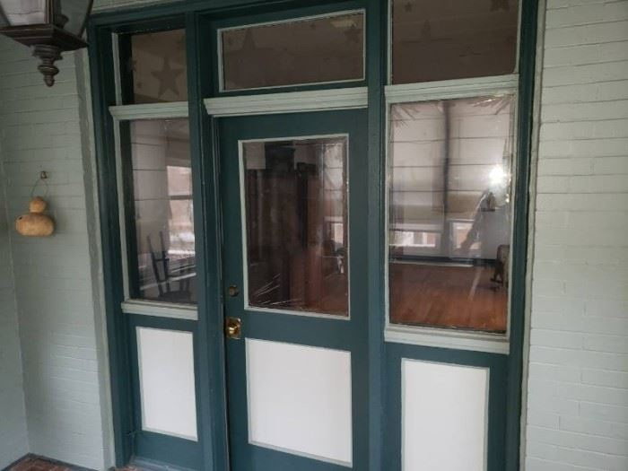 Door and glass wood side pieces.