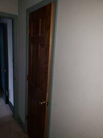 Lot of interior doors on 2nd floor