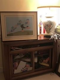 Daffy Duck, Cabinet and Lamp