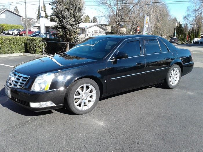 2006 CADILLAC DTS SPORT - LOW MILES
