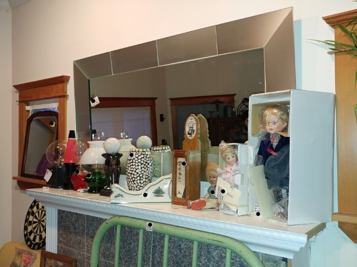 LARGE MIRROR FROM DANIA...   DOLLS IN BOXES